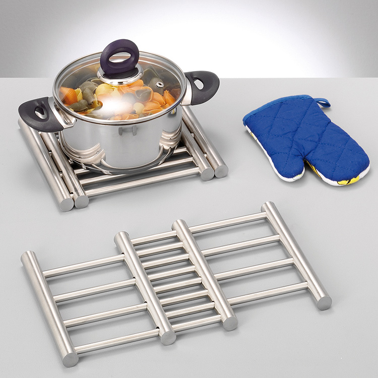 inox dessous de plat t lescopique prot ge table casserole. Black Bedroom Furniture Sets. Home Design Ideas